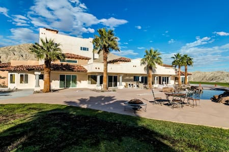 Andreas Oasis - Thousand Palms - Hus
