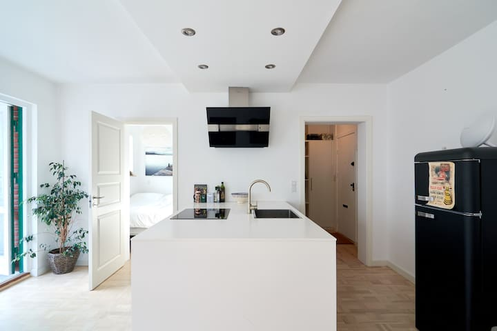 Couple's apartment in central Østerbro