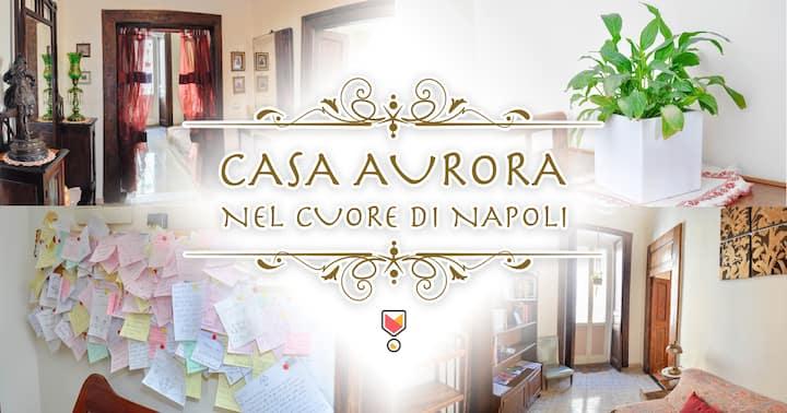 """Casa Aurora"" in center of Naples"