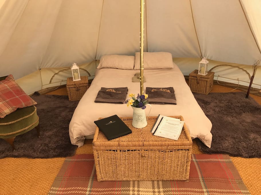 Derw is a spacious bell tent measuring 5m in diameter