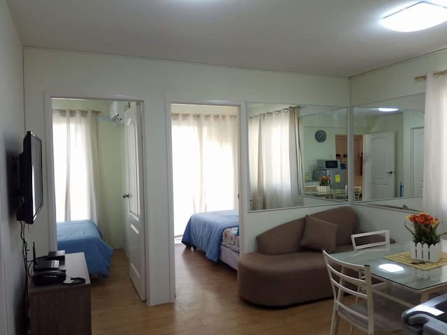 COZY 2BR WITH BALCONY NEAR SM SEASIDE & OCEAN PARK