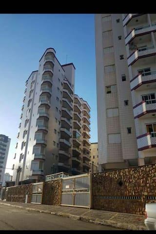 Apartamento lindo em Praia grande sp.