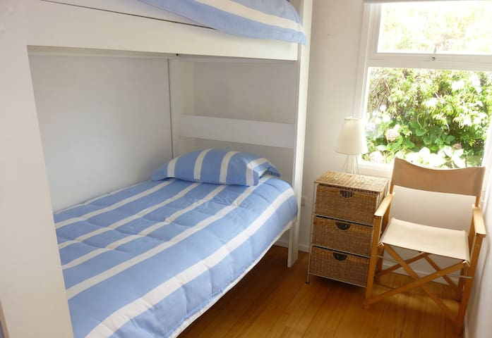 """Beautiful """"Betty's Place"""" Orford - Orford - Hus"""