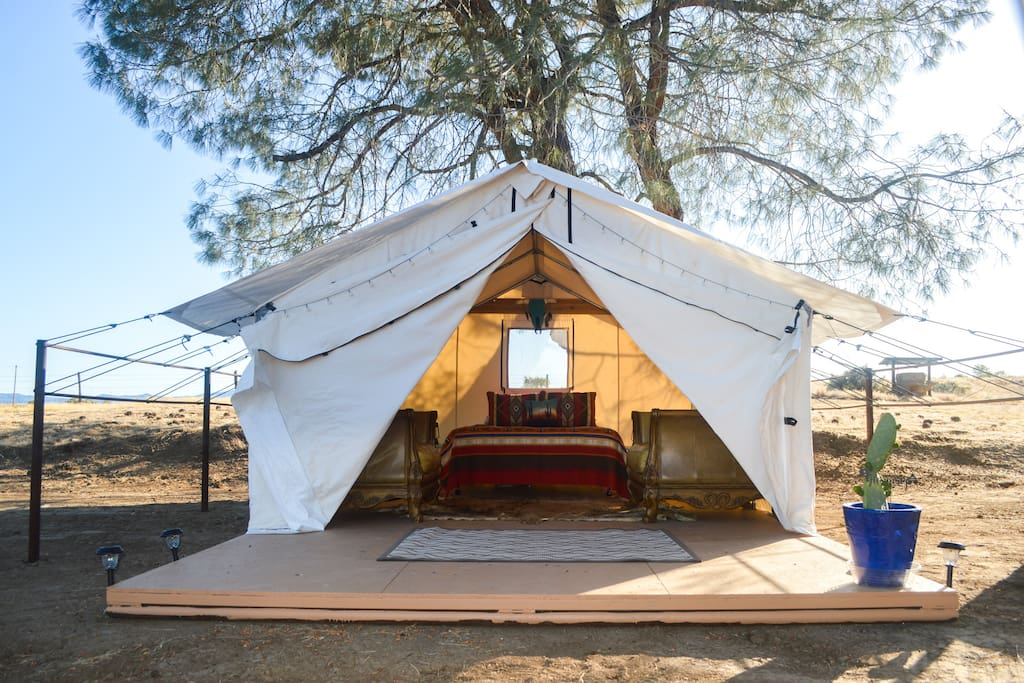 Tent with spacious deck