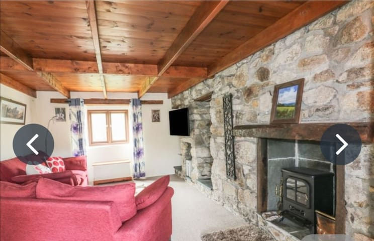 Quiet, rural location 5 minutes from the beach