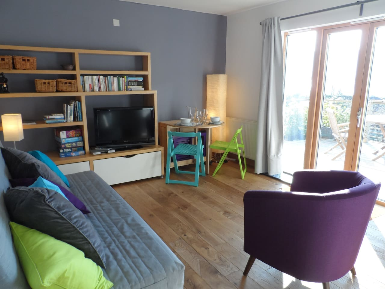 Lounge/Kitchen/Diner, door to decking
