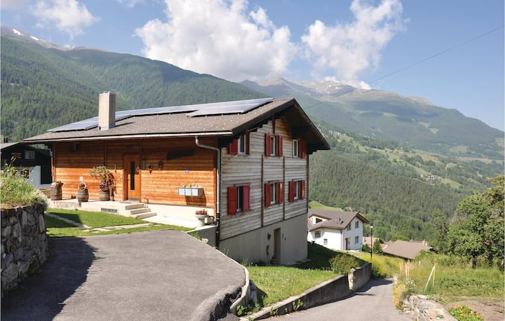 Holiday apartment with 4 bedrooms on 70m² in Bürchen