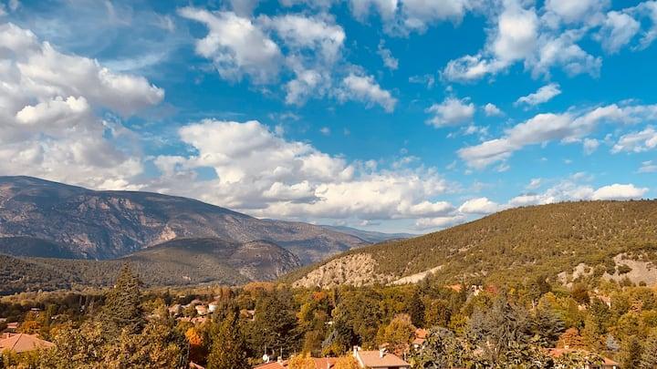 Au pied du Mont Canigou