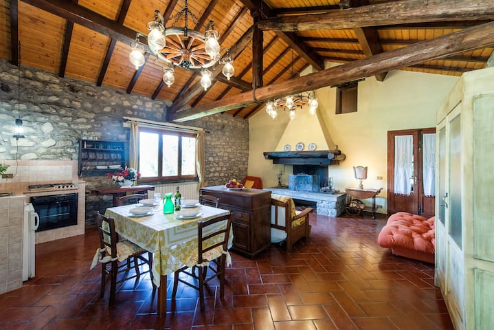 Il Fienile - Charming Farmhouse - San Marcello Pistoiese
