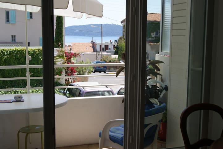 Appartement 60 m2 à 50m de la mer - Toulon - Huoneisto