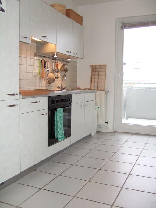 helle wohnung beste zentrale lage wohnungen zur miete in hannover niedersachsen deutschland. Black Bedroom Furniture Sets. Home Design Ideas