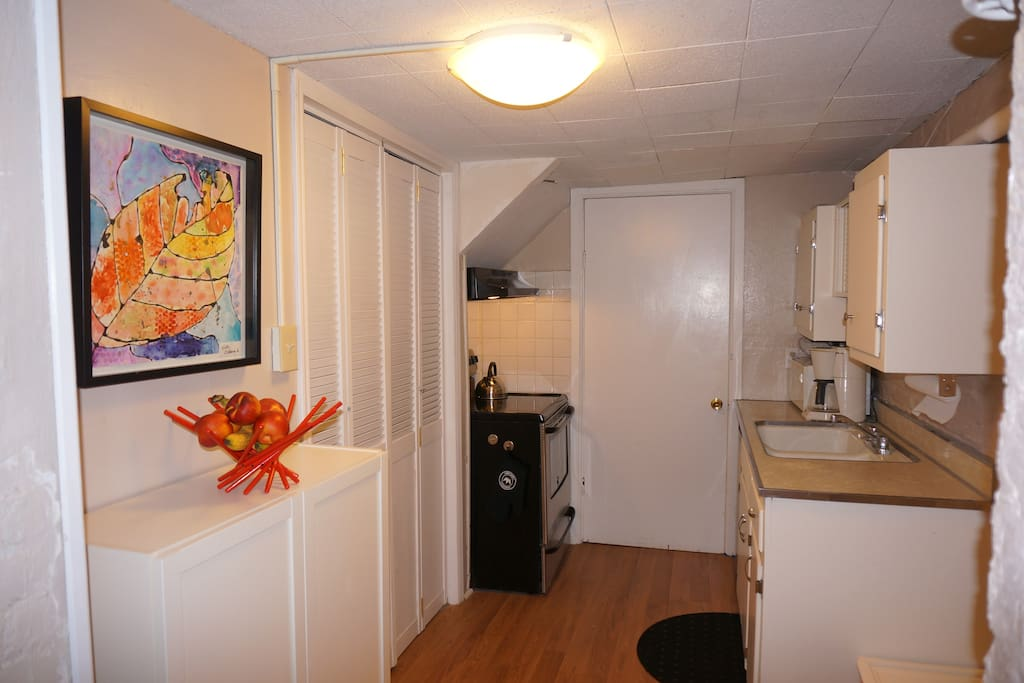 Spacious 1 bedroom apartment with private entrance - One bedroom apartments in new jersey ...