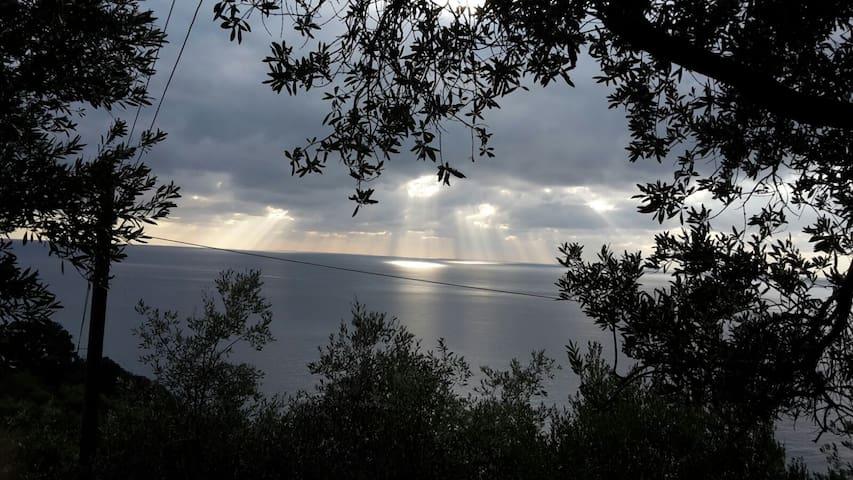 Corner of Paradise near Cinque Terre - Anzo-Setta - บ้าน