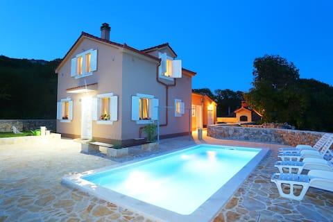 Happy House w pobliżu Splitu
