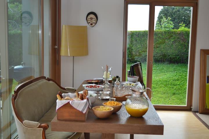 Maison à vesenaz, chambre individuelle - Collonge-Bellerive - Talo