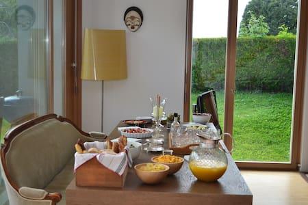 Maison à vesenaz, chambre individuelle - Collonge-Bellerive