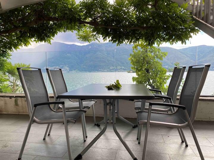 Casa Riva Lago Hide Away am Lago Maggiore