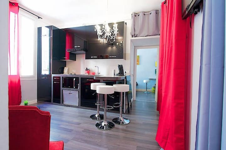 Room in Nice near harbour - Nice - Bed & Breakfast