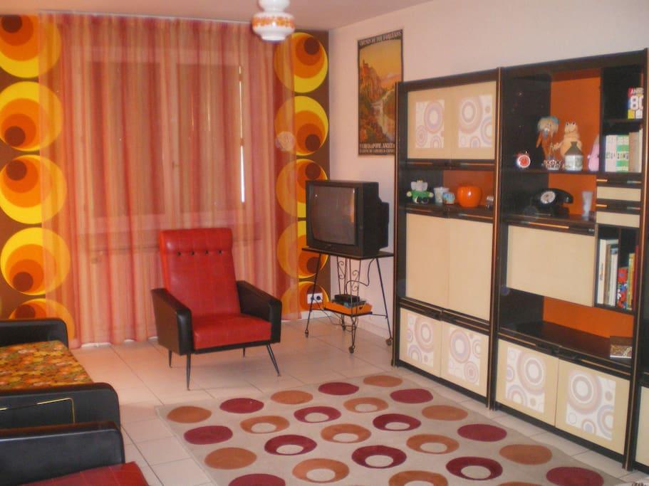 Location meubl e touristique atypique vintage for Location appartement atypique 92