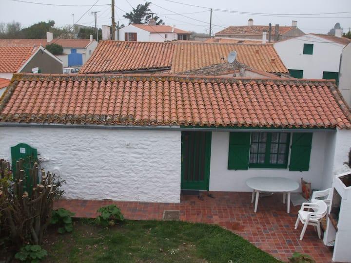 petite maison jardin clos