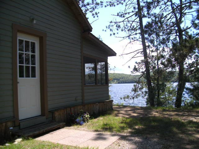 Lakefront Cottage-Barry's Bay, ON - Barry's Bay - Chatka