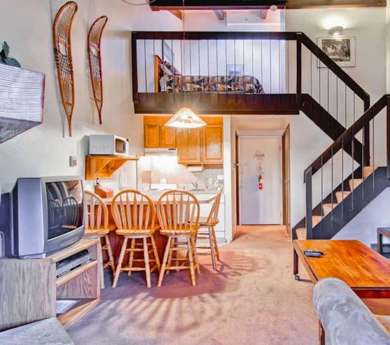 Lofts For Rent: Yosemite West Small Loft Condo A210