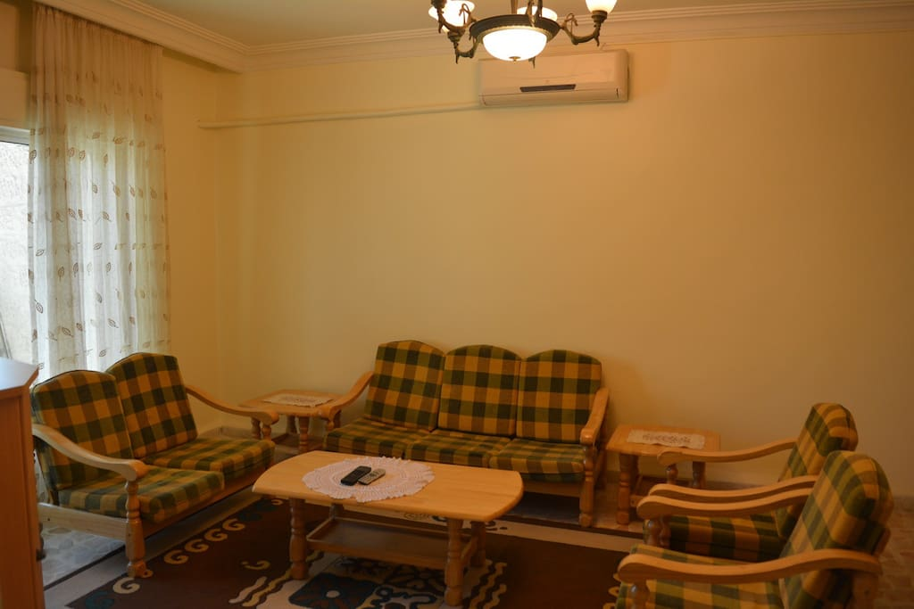 Wonderful furnished apr for lease apartments for rent in for Living room amman