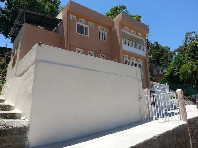 Alquilo Casa Campestre Vacaciones   - Tocaima - House