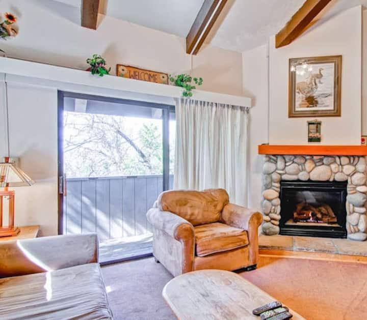 Yosemite West Small Loft Condo B212
