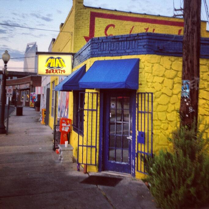 Phat Burrito and other great neighborhood spots are a few blocks away. Great tacos!
