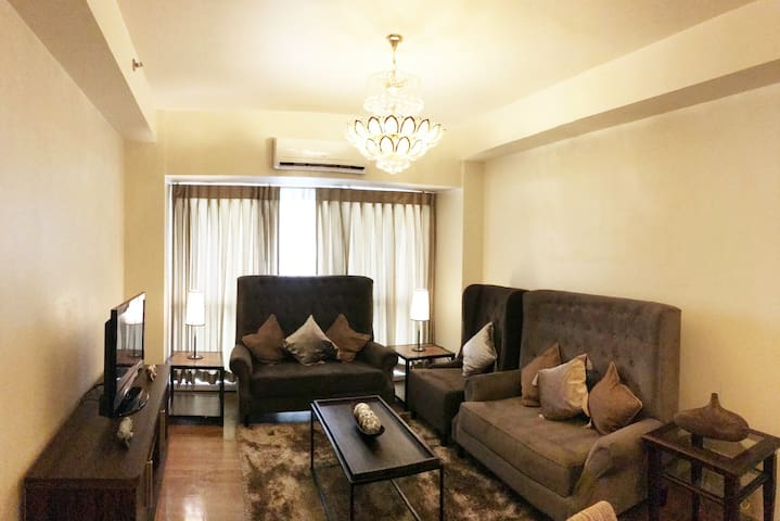 Grand Cenia: A Modern Cozy Home | 2Br near Ayala