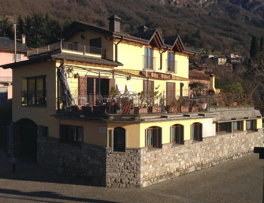 Villa Canottaggio - Rowing Villa. 3 Floor. (0-1-2) 2 terraces.