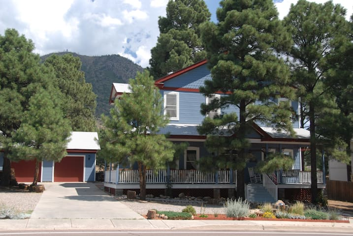 Starlight Pines Bed & Breakfast - Flagstaff - Bed & Breakfast