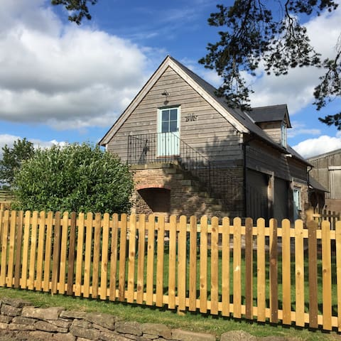 The Barn, Bredenbury, Nr Bromyard - Bromyard  - Byt