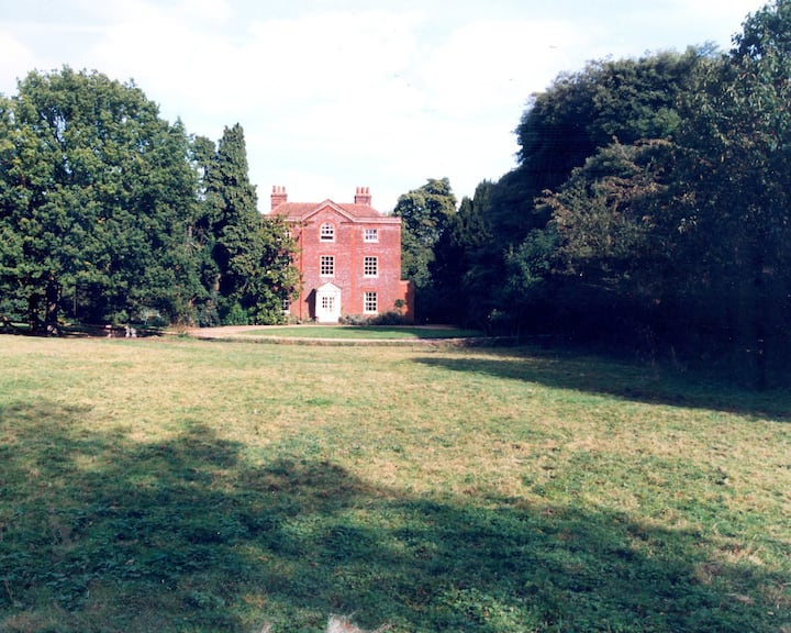 Country House (East Wing) with Indoor Heated Pool
