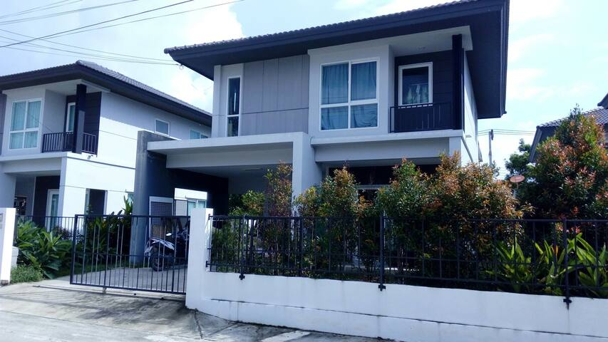 Phuket-Hong's g'house rm1 (m/t bed) - 89/59 inizio Koh Keaw, kohkaew 33