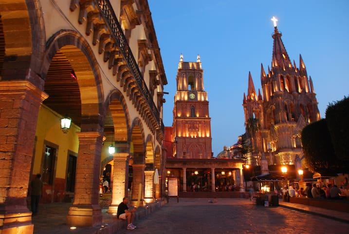 SAN MIGUEL DE ALLENDE, UN VIAJE AL CORAZÓN. - San Miguel de Allende