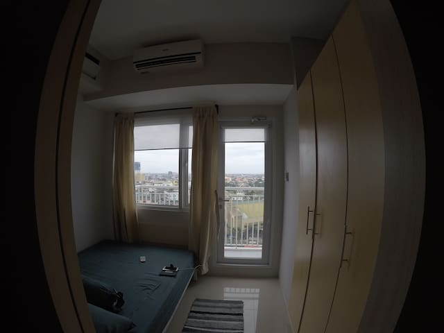 bedroom + aircon+ built-in cabinet + morning view