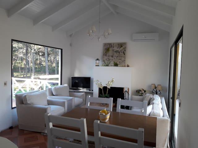 Casa de Ensueño - Punta Ballena - Hus