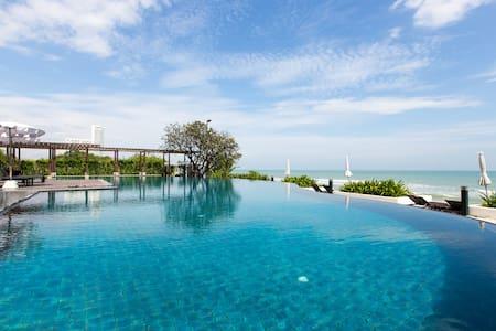4 Bed Apt PoolVilla@Seaside Resortคอนโดใกล้หาดชะอำ