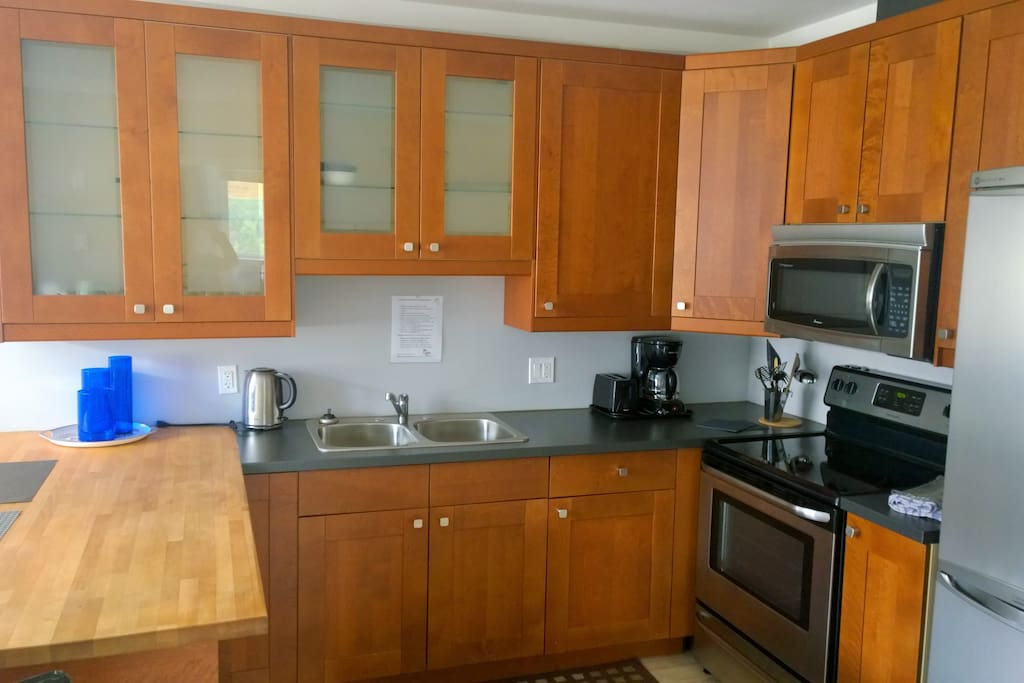 Fully equipped kitchens. 2 bedroom apartment.