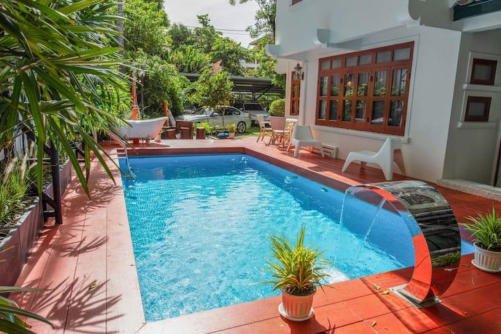 ⭐ANTIQUE Pool Villa 400sqm ❤️Private Luxury❤️City