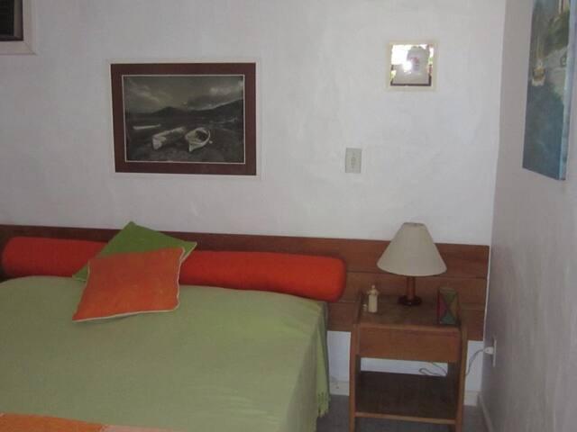 Suite com banheiro