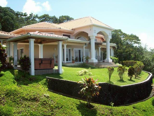 """Arenal Springs Villas  """"Paradise in your Grasp"""""""
