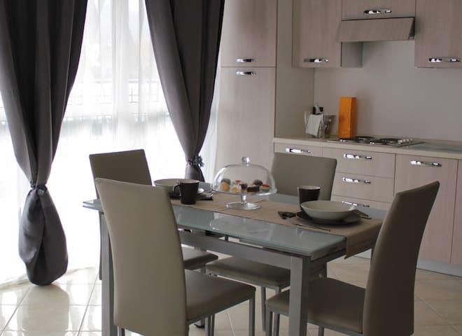Raggio di Sole - San Cesareo - Wohnung