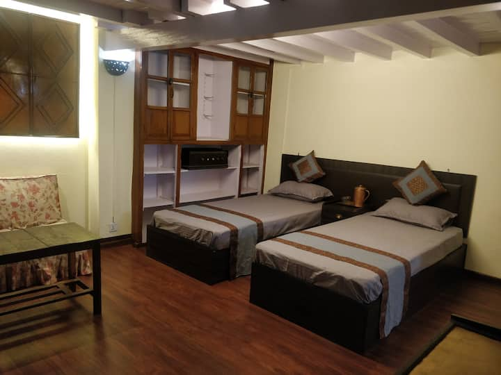 Mani Homes (Astamangal room)