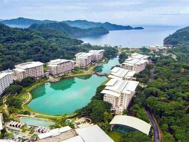 Pico de loro 1bedroom lagoon view