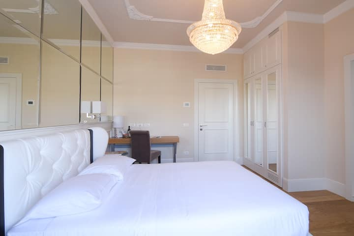 Suite Milano & Duomo Classic Double Room