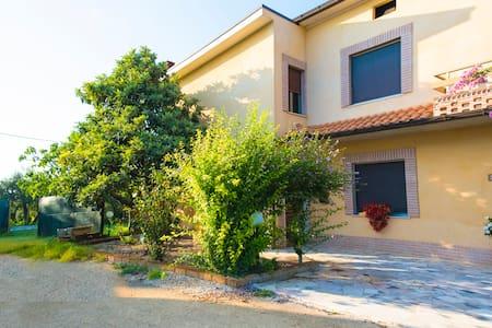 Villa Miranda country - Crecchio - Villa