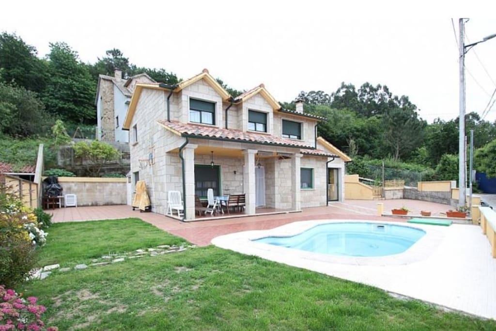 casa con piscina casas en alquiler en pontevedra